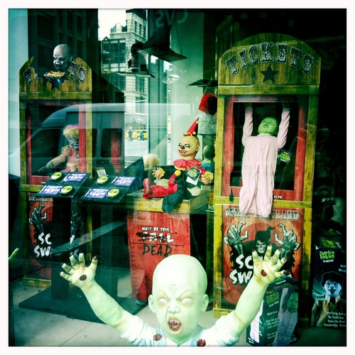 manhattan's spirit of halloween stores are cooler than sf's. (by escapewindow)