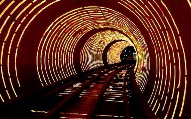 EN ZONE DANGEREUSE : TUNNELS EN ZONE DANGEREUSE sur RMC Découverte
