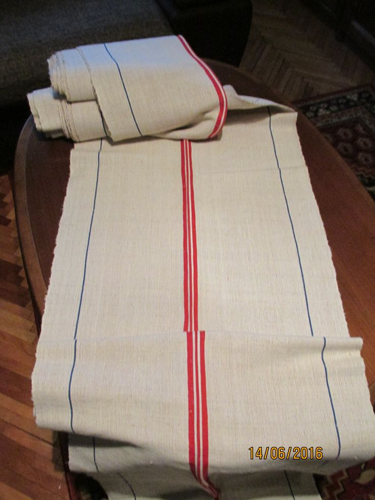 Beautiful ANTIQUE hand woven, hand loomed, homespun hemp, flax fabric from Romania / Tranylvania. Age: over 60 - 80 years old may be 100 yo. At www.greatblouses.com
