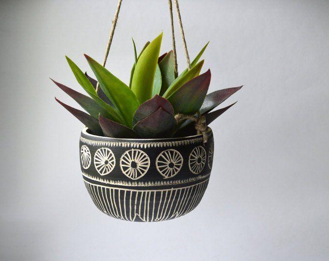 S C A L L O P Ceramic Hanging Planter Macetas Colgantes Macetas Decoradas Macetas Pintadas