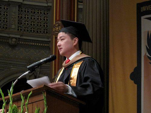 Mer enn 25 bra ideer om Valedictorian speech examples på Pinterest - graduation speech