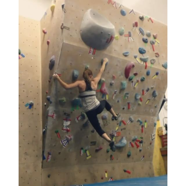 A workout and climbing blog for women. Lots of tips and advice to get you to the next level.