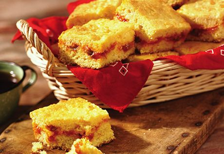 Picante sauce and Cheddar cheese add excitement to ordinary cornbread that both family and friends will love.