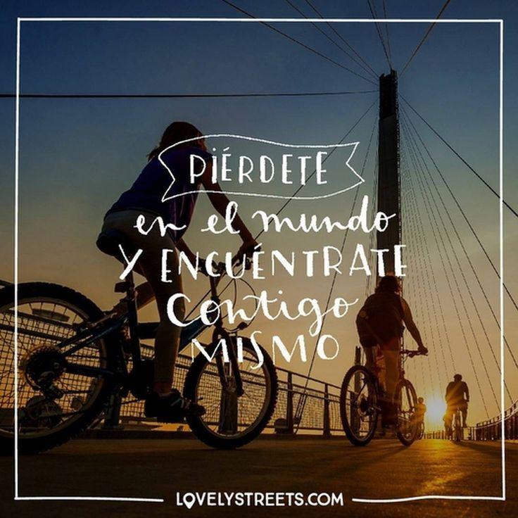 Date el gustazo de perderte #lovelystreets #quotes #travel #frases #viajes  Enjoy the pleasure of wandering aimlessly.
