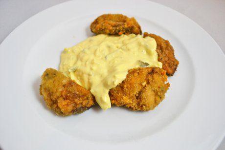 Deliziös gebackene Champignons mit Sauce Tartare schmecken hervorragend. Das Rezept für alle Pilz-Liebhaber.