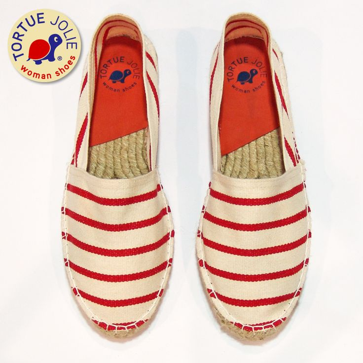Rolling Rouge >> www.tortuejolie.com #Espadrilles #Style #StreetStyle #Trend #WomanShoes #Fashion #Moda #Alpargatas #Calzado #TortueJolie