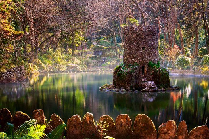Дворец Пена, Синтра, Португалия  http://muz4in.net/dir/arkhitektura/dvorec_pena_sintra_portugalija/12-1-0-4186  #фото #картинки #pic #pics #photo