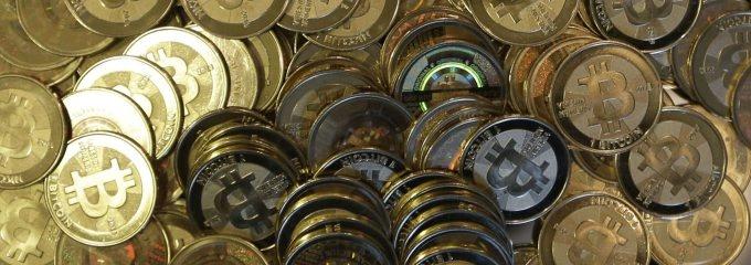 Devisenexperten bezweifeln, dass Bitcoins eine Zukunft haben, wenn die Kursschwankungen so hoch bleiben.