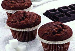 Brioşe cu ciocolată şi lapte bătut | Click! Pofta Buna!
