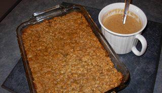 Croustade aux pommes cochonne, sauce crème et rhum | .recettes.qc.ca