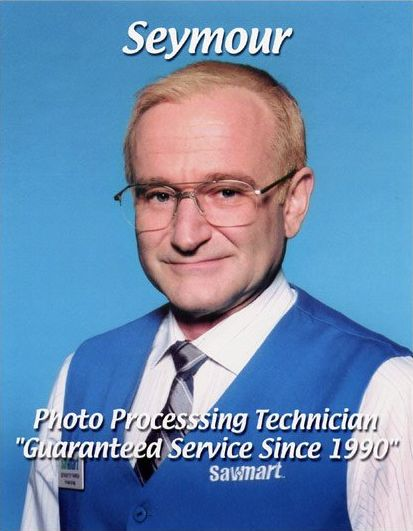 Robin Williams - One hour photo. In this movie he scared the daylights out of me. What a great actor he was.