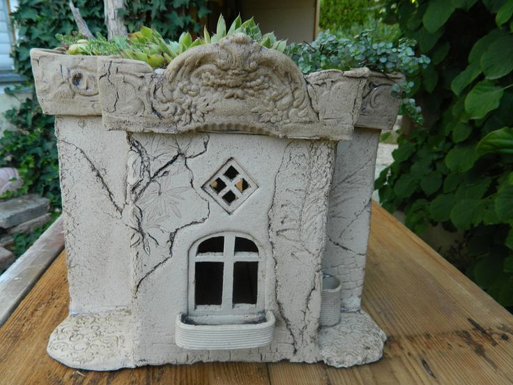 Gartenkeramik, Gartenhaus, Vogelhaus, Leuchthaus von floramik auf DaWanda.com