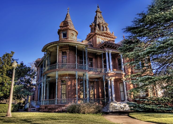 Gothic Houses 106 best gothic houses of amazingness images on pinterest