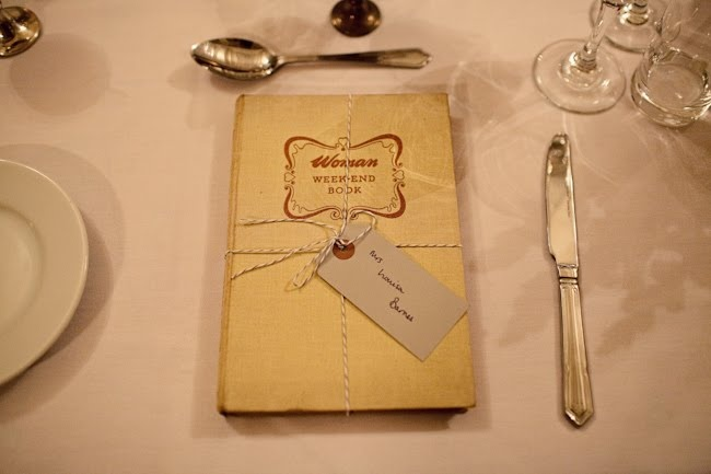 vintage book favours - instead of table settings? Hmmm.