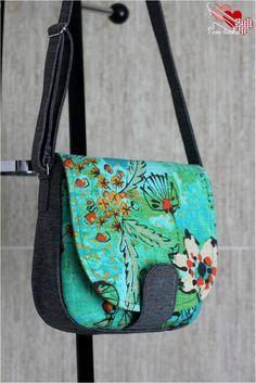 Swoon Patterns - Sandra saddle bag purse. I need to make this!