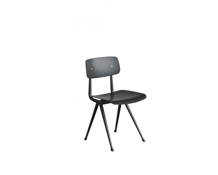 Result Stuhl - Eiche schwarz gebeizt - Gestell schwarz mit Kunststoffgleitern von