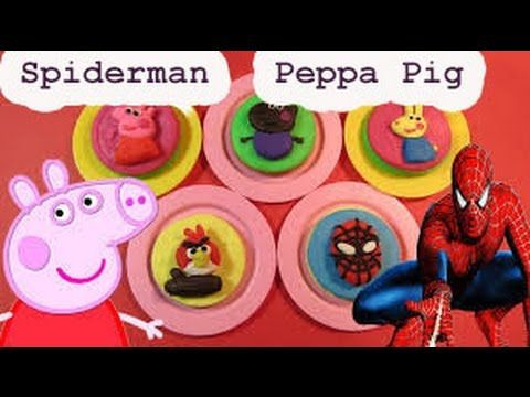 ペッパピッグは生地セットを再生サプライズ卵ペッパピッグスーパーヒーローのおもちゃでDohのストップモーションスパイダーマンを再生します