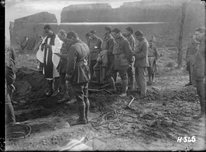 Pioneer Battalion soldiers at funeral of Lieutenant-Colonel George A King, Ypres