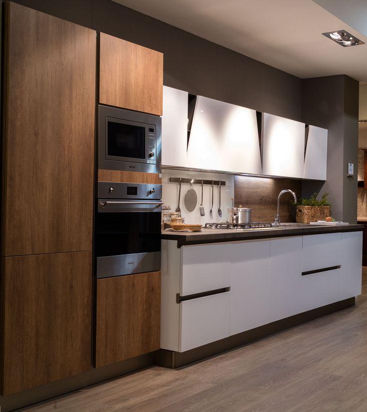 #cucina #pianohpl #HPL #laccato #moderno #contemporaneo #vintage #stile #nordico #bianca #lavello #vetro #magnetico #personalizzato #progetti #interior #design #progetti #madeinitaly #elettrodomestici #STOSA