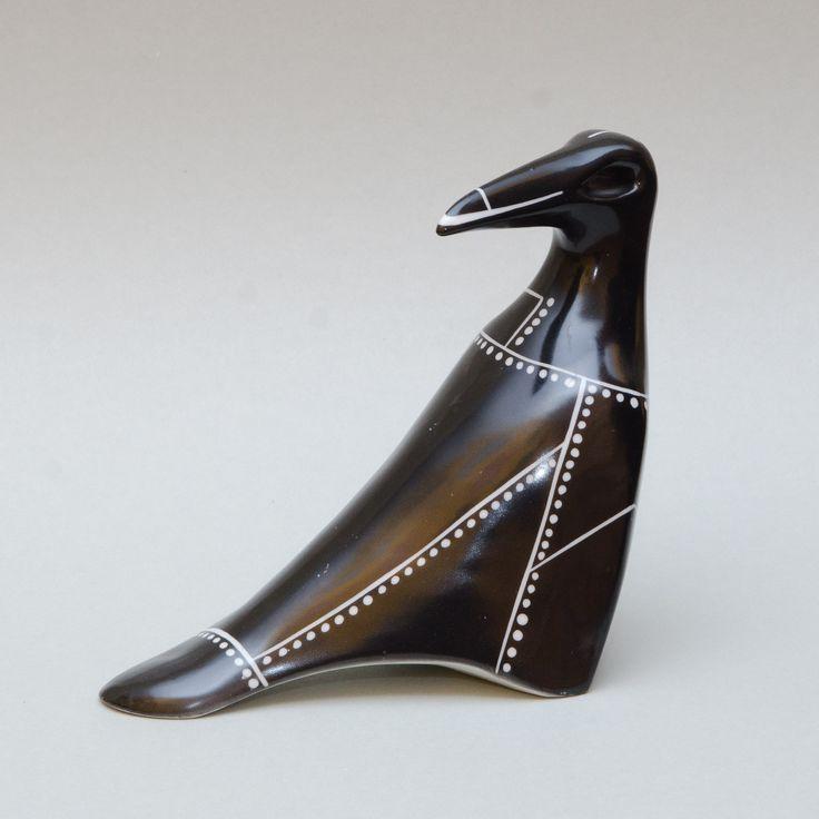 Figurka Kruk zbrojny, Ćmielów, projekt: Lubomir Tomaszewski