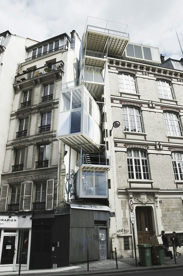 Philippe Rizzotti, architectures suspendues, rue du Louvre, Paris