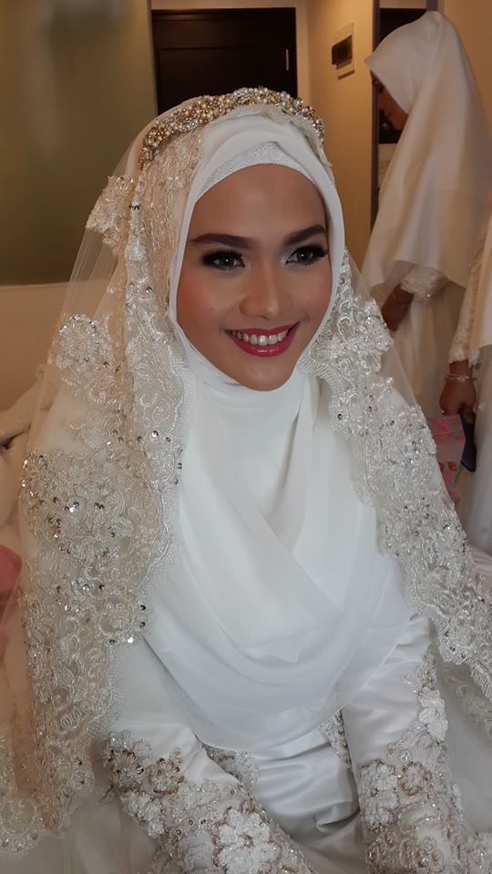 beautiful syar'i bride Designed by Norma Hauri