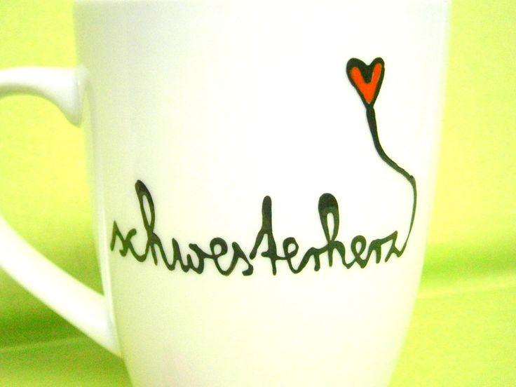 Becher & Tassen - Schwesterherz ♥ Tasse für die liebste Schwester - ein Designerstück von hochdietassen bei DaWanda