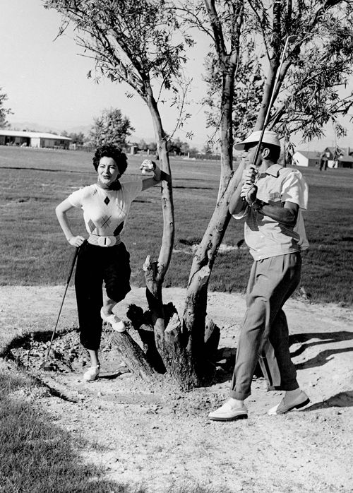 Frank Sinatra Ava Gardner On The Golf Course C 1952