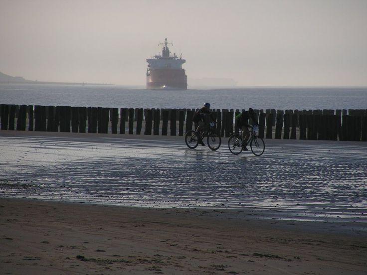 Kustmarathon bikers | Zeeland op foto
