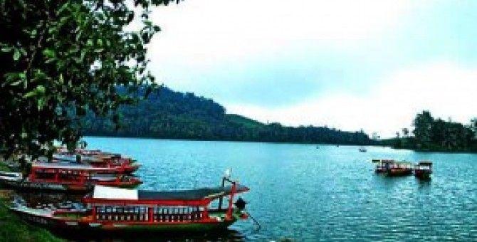 Lake Situ Patenggang