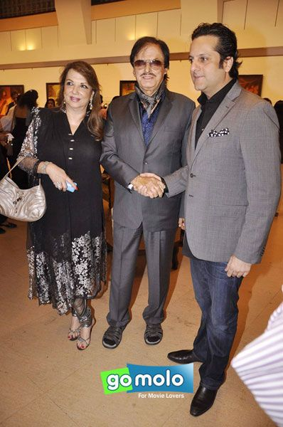 Zarin Khan, Sanjay Khan & Fardeen Khan at an Art exhibition in Mumbai