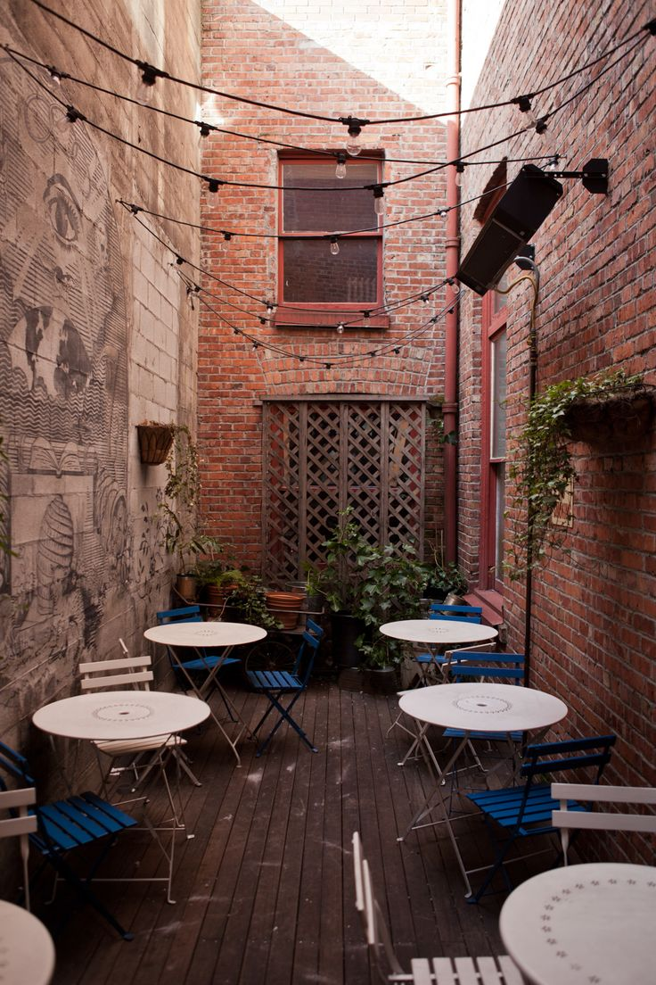 Great Outdoor Space // Seattle: Oddfellows Café & Bar - Kinfolk