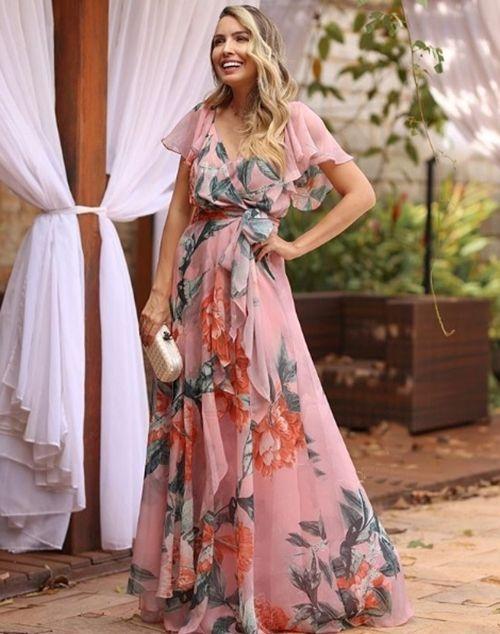 Seleção de vestido de festa floral longo