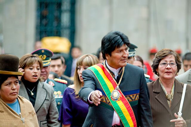 Präsident Morales hat angekündigt, die Rothschild-Banken aus dem Land zu werfen, weil er die Erpressungen der US-Regierung und der internationalen Bank-Institutionen satt hat. Bolivien befindet sich auf dem Weg zu einer echten Souveränität.        Von Michael Steiner        Seit