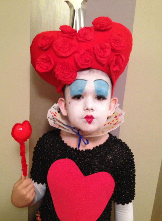 Disfraz reina de corazones niña casero. Handmade costume Queen of hearts DIY. Step by step, tutorial.