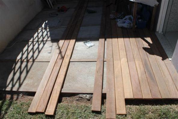 Como fazer um deck de madeira grande para o jardim!                                                                                                                                                                                 Mais