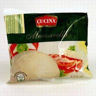 """No-Name-Produkt """"Cucina Mozzarella"""" - No-Name vs. Markenprodukt: Welche Marke steckt dahinter? - © Ralf-Michael Wagner, Frank Flamme Hinter dem """"Cucina Mozzarella"""", den es bei Aldi Süd zu kaufen gibt, steckt eigentlich...."""
