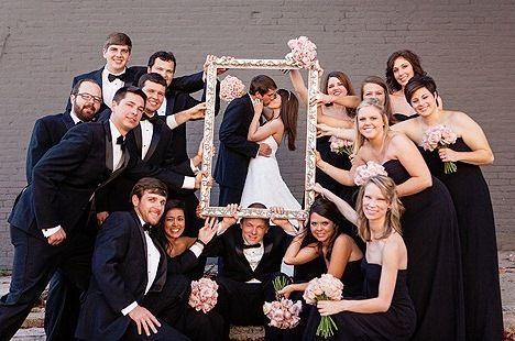 Süßes Foto für die Hochzeit, um alle Zeugen im Bild zu haben.