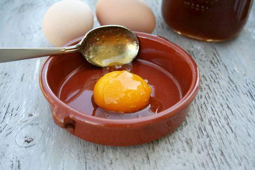 Яичная маска для лица: рецепты из белка, желтка и скорлупы