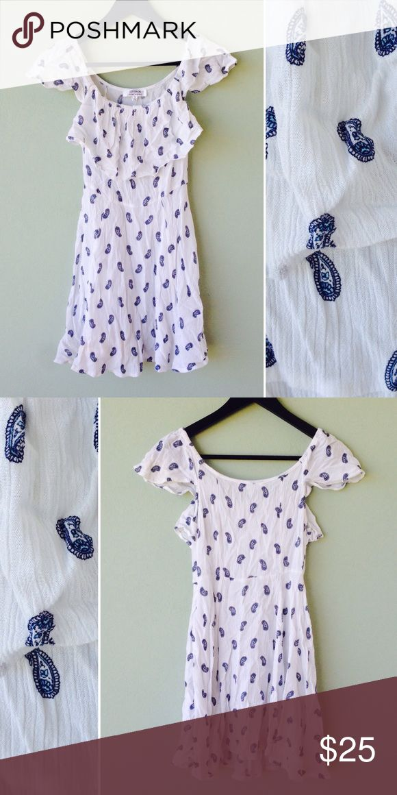 Cotton On Dress Dress by Cotton On.  Designed in Australia.  Bundle this item along with 2 or more items from my closet and save an extra 10% off!   Feel free to comment below if you have any questions :)  Thanks Cotton On Dresses