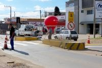 Departamento de Trânsito Urbano (Detru) reforça sinalização de trânsito +http://brml.co/1I3BhO6