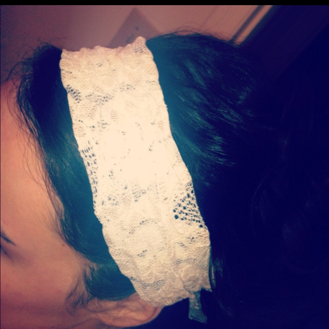 Lace headband I threw together before an afternoon of errands!  ( leftover material from my jewelry frames I made!:)