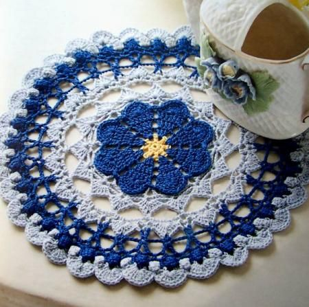 Free Easy Crochet Tablecloth Patterns For Beginners : Easy Crochet Doily for Beginners Click here to Enlarge ...