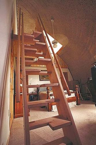 Exceptional Another Alternating Tread Staircase   Nice DIY.Could This Be Done As A Full  Tread Staircase?