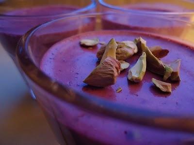 Yoghurt panna cotta med blåbær