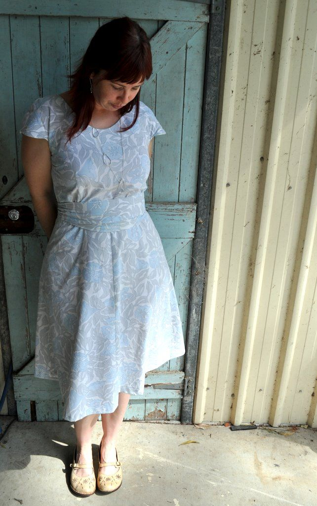 how to make a toga dress from a bed sheet
