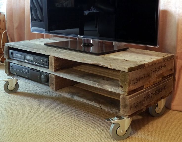 furniture from pallets. beautiful furniture crafted through imagination and reinvention recycled pallet oneoff made in auckland new zealand from pallets