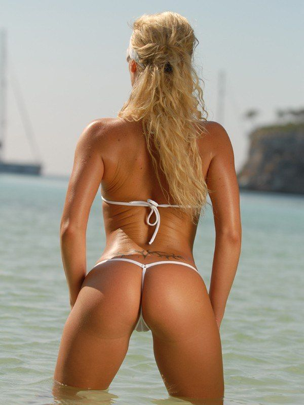 Bikini String Strand