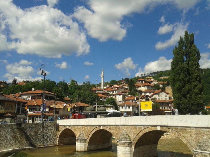"""""""Il mio viaggio a Sarajevo: al confine tra storia e realtà"""" via @silviaceriegi per Trippando"""