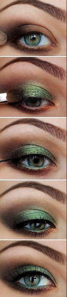 emerald eyeshadow and liner